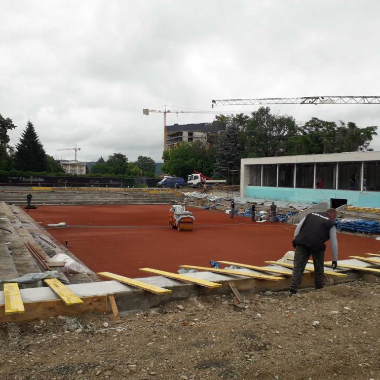 Teniski teren izgradnja