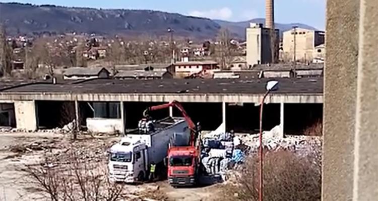 odvoz smeca iz Drvara Foto antikorupcija.info