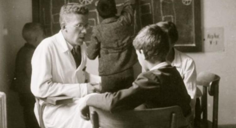 Hans Asperger with patient 735x400