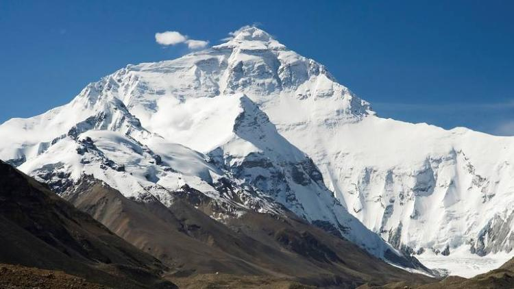 mount.everest.luca galuzzi.wiki