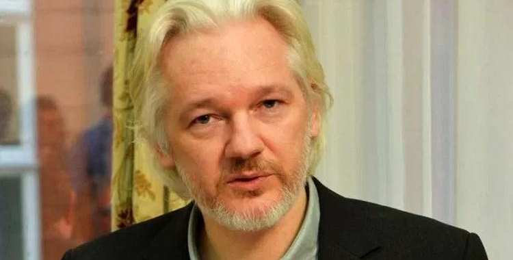 Julian Assange u limbu